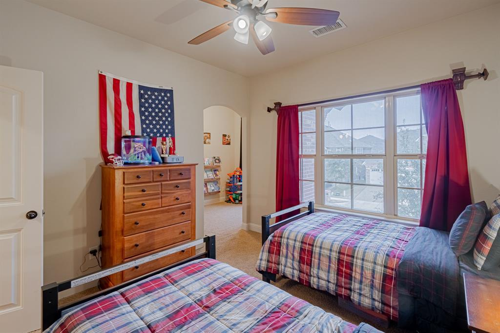 912 Brendan Drive, Little Elm, Texas 75068 - acquisto real estate best frisco real estate agent amy gasperini panther creek realtor