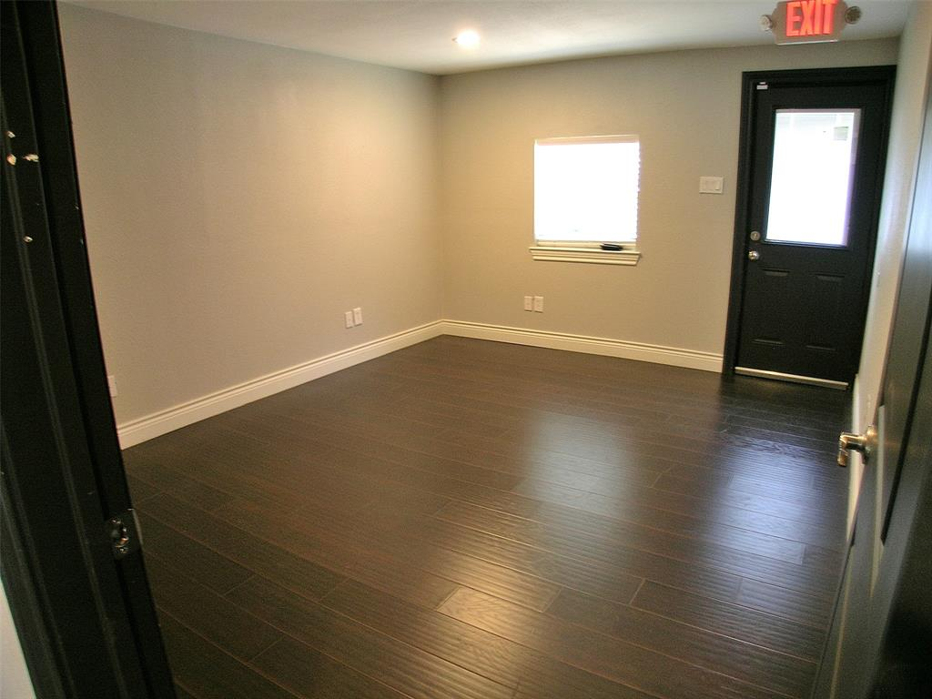 101 Lakeview Drive, Lake Dallas, Texas 75065 - acquisto real estate best highland park realtor amy gasperini fast real estate service