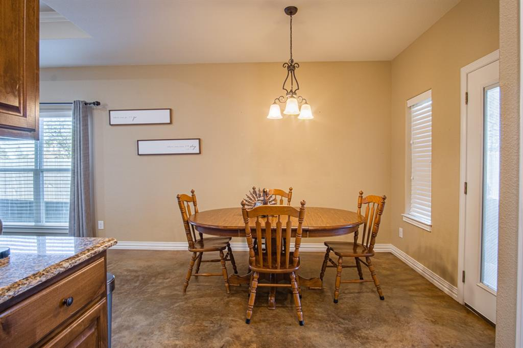 10 Liberty Court, Wichita Falls, Texas 76306 - acquisto real estate best highland park realtor amy gasperini fast real estate service
