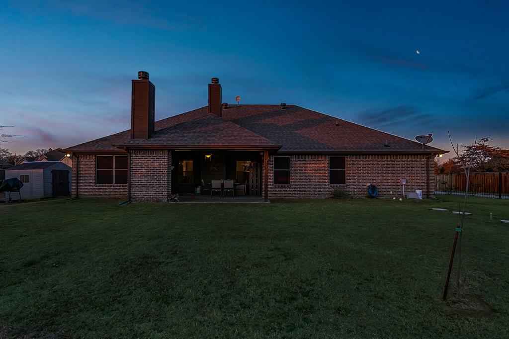 108 Chloe Court, Boyd, Texas 76023 - acquisto real estate best luxury home specialist shana acquisto