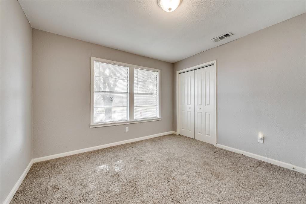 5513 Ramey Avenue, Fort Worth, Texas 76112 - acquisto real estate best real estate company to work for