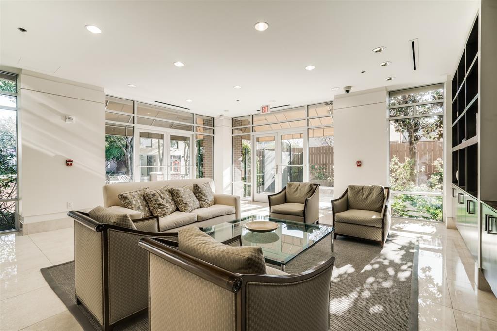 4611 Travis Street, Dallas, Texas 75205 - acquisto real estate best plano real estate agent mike shepherd