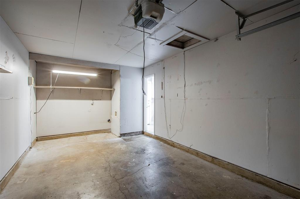 1317 Crockett Street, Garland, Texas 75040 - acquisto real estate best investor home specialist mike shepherd relocation expert