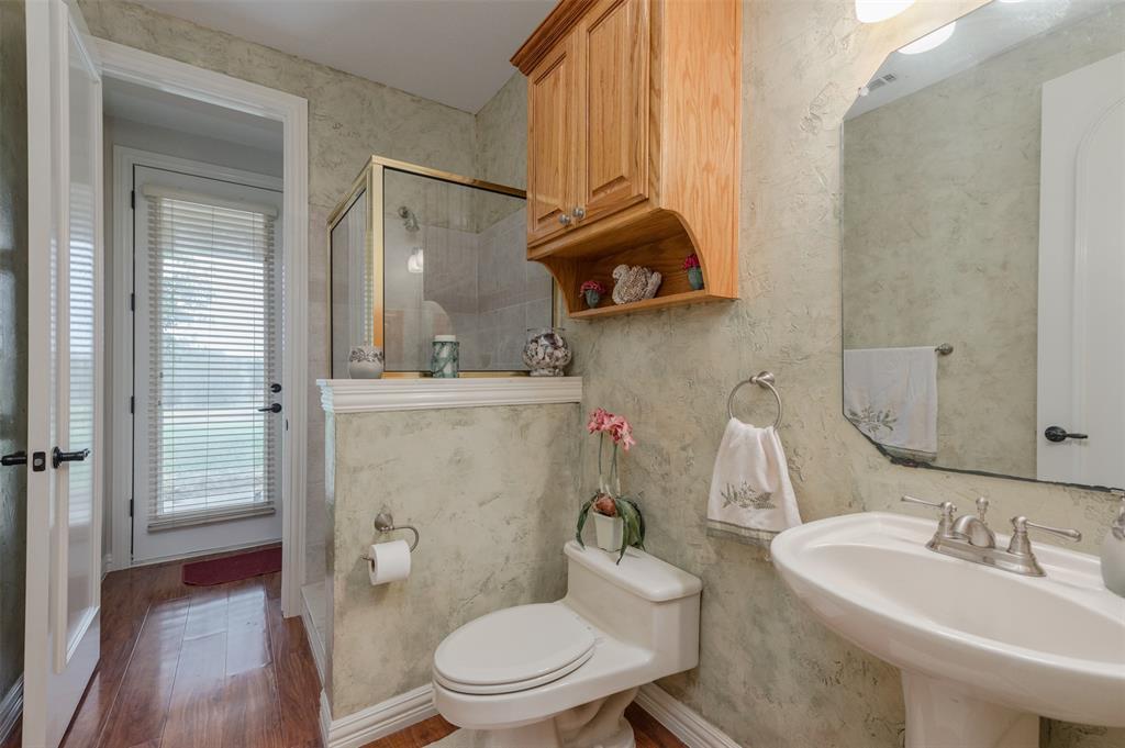 626 Scoggins  Road, Tioga, Texas 76271 - acquisto real estate best negotiating realtor linda miller declutter realtor