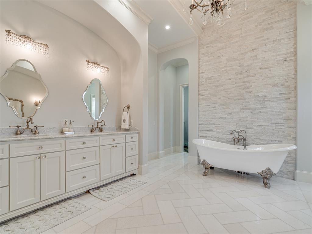 230 Oak Tree Drive, Waxahachie, Texas 75165 - acquisto real estate best designer and realtor hannah ewing kind realtor