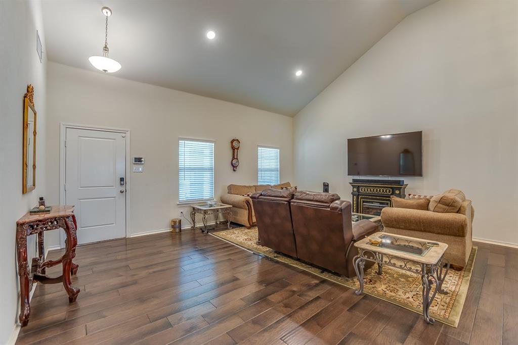 912 Mercury Drive, Princeton, Texas 75407 - acquisto real estate best allen realtor kim miller hunters creek expert