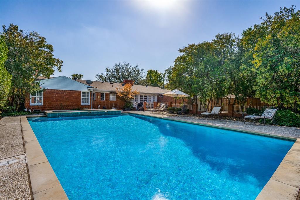6931 Currin Drive, Dallas, Texas 75230 - acquisto real estate best realtor dfw jody daley liberty high school realtor