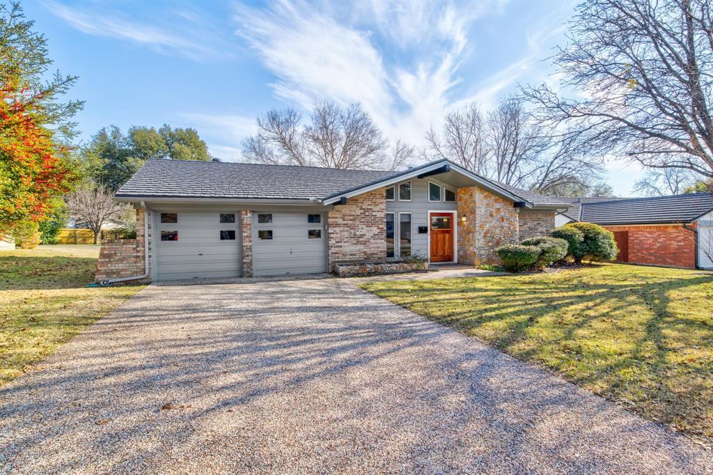 3825 Carman Drive, Benbrook, Texas 76116 - acquisto real estate best allen realtor kim miller hunters creek expert