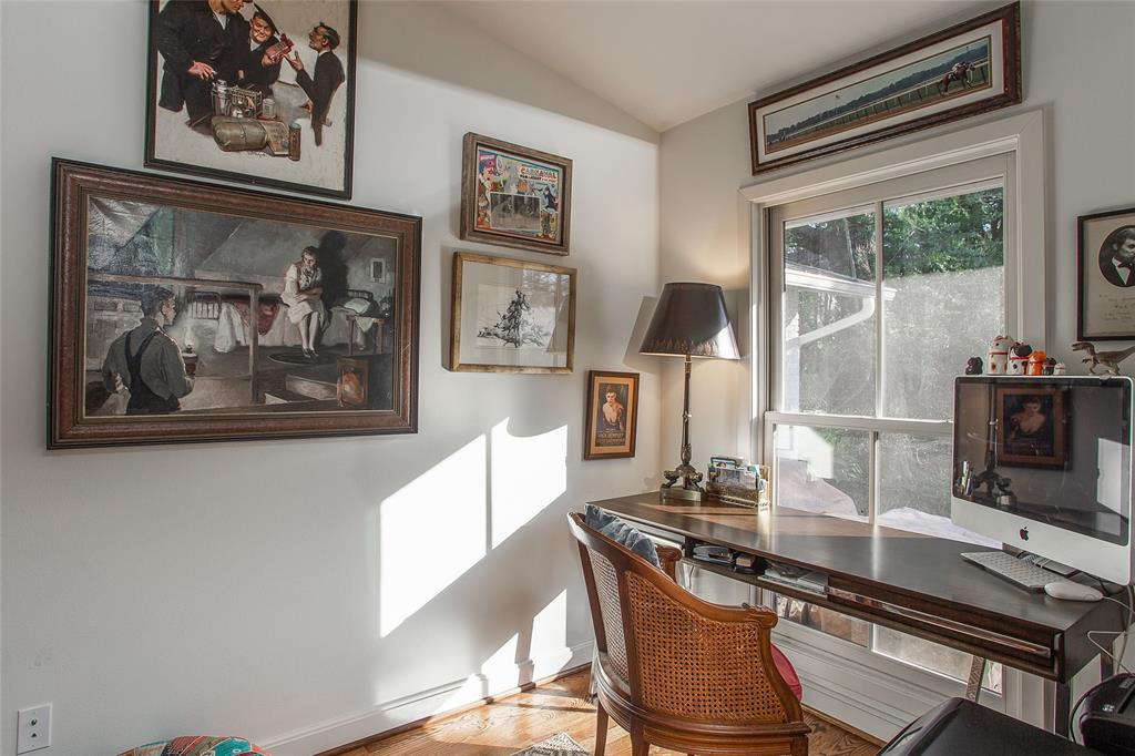 3813 Glenwood Drive, Fort Worth, Texas 76109 - acquisto real estate best designer and realtor hannah ewing kind realtor