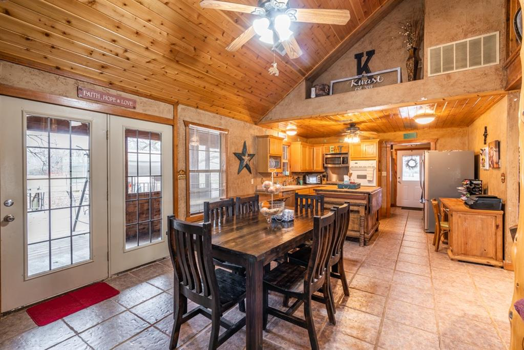 1529 County Road 1220 Lake Creek, Texas 75450 - acquisto real estate best real estate company to work for