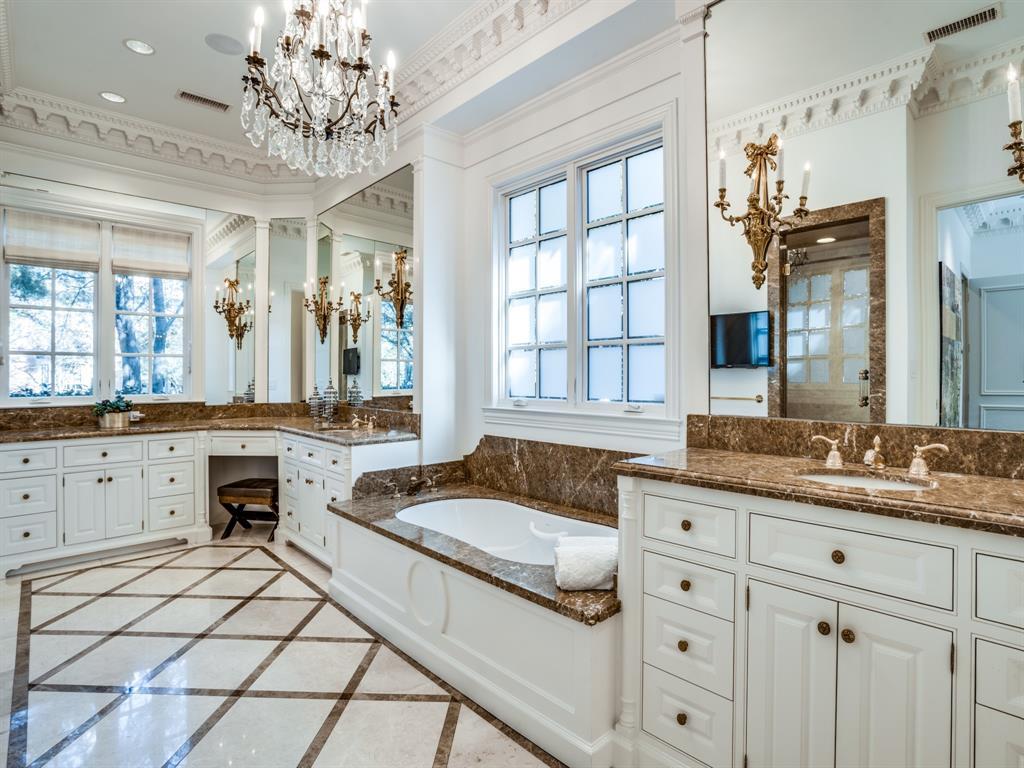 4001 Normandy Avenue, University Park, Texas 75205 - acquisto real estate best negotiating realtor linda miller declutter realtor