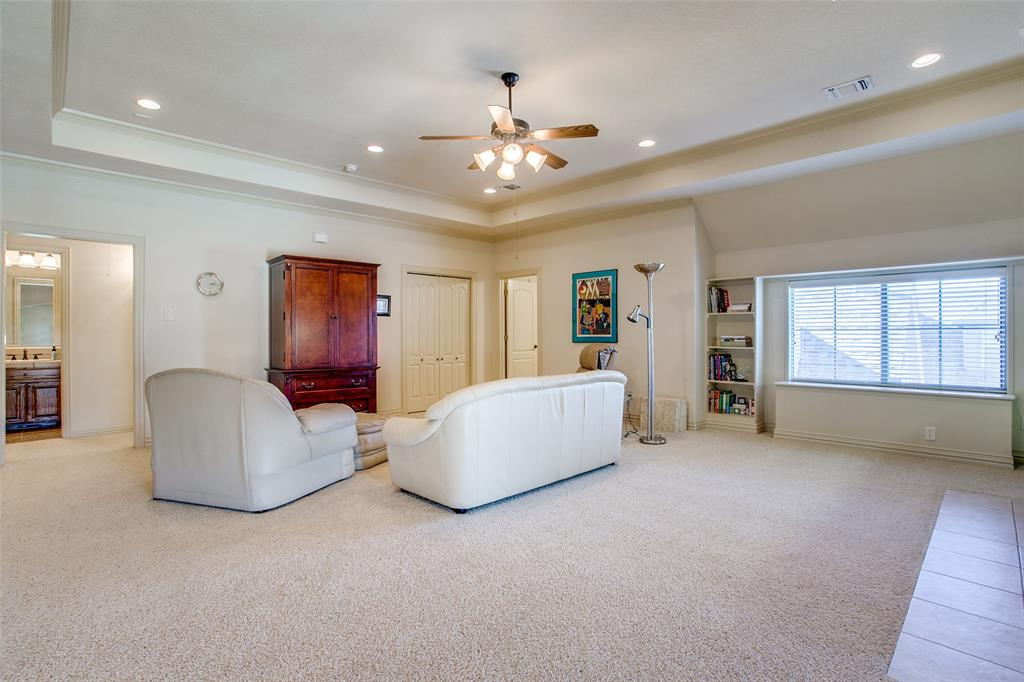 7920 Forest View Court, North Richland Hills, Texas 76182 - acquisto real estate best park cities realtor kim miller best staging agent
