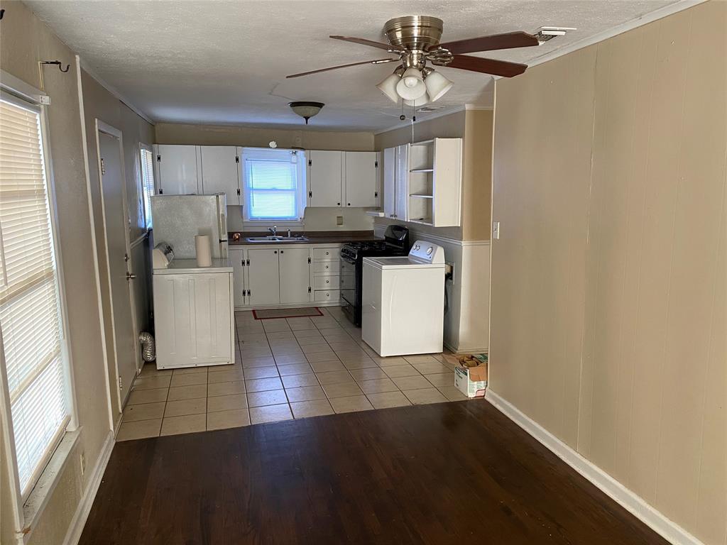 400 Congress  Street, Denton, Texas 76201 - acquisto real estate best highland park realtor amy gasperini fast real estate service