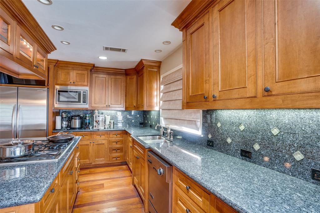 6931 Currin Drive, Dallas, Texas 75230 - acquisto real estate best designer and realtor hannah ewing kind realtor