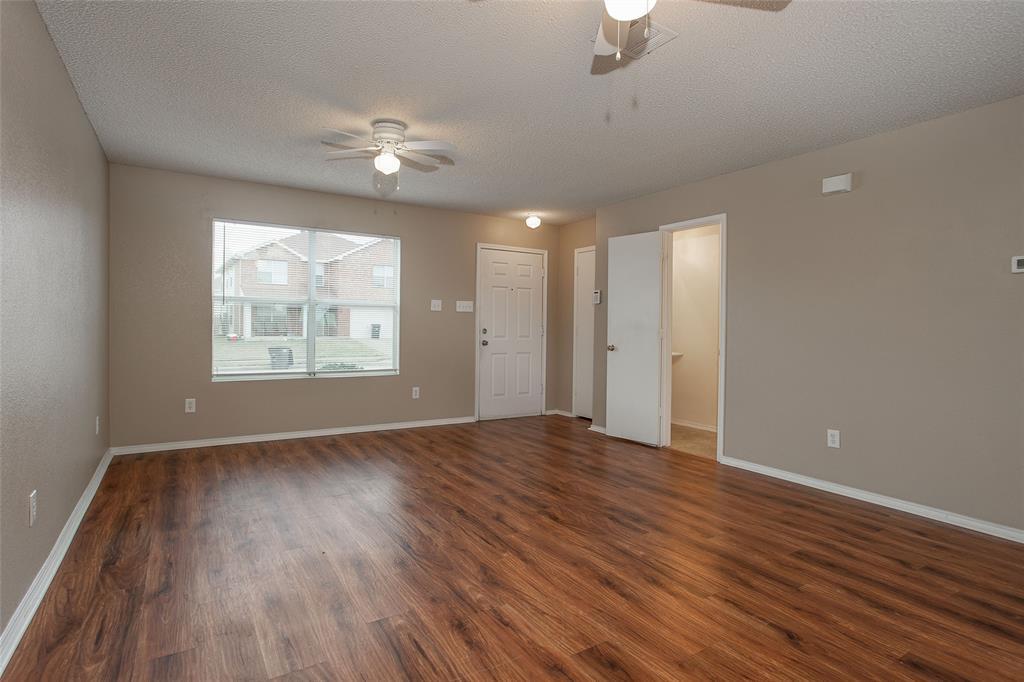 8304 Cutter Hill Avenue, Fort Worth, Texas 76134 - acquisto real estate best highland park realtor amy gasperini fast real estate service