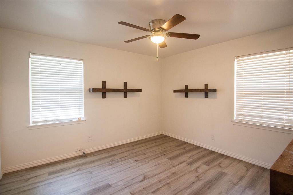 1703 Buena Vista Street, Mesquite, Texas 75149 - acquisto real estate best negotiating realtor linda miller declutter realtor
