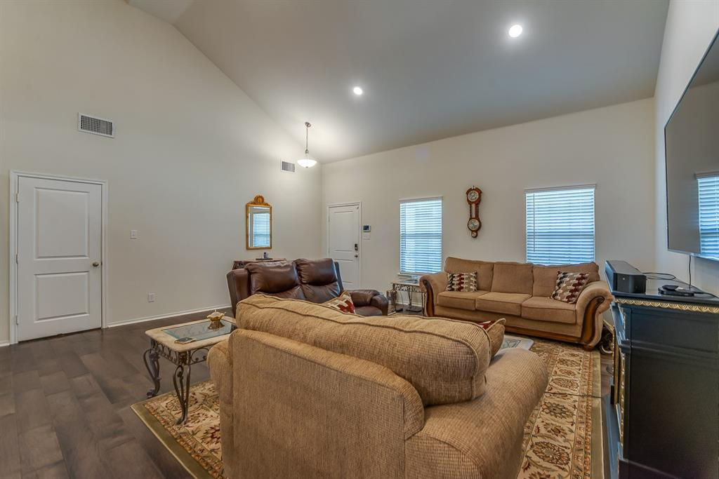 912 Mercury Drive, Princeton, Texas 75407 - acquisto real estate best the colony realtor linda miller the bridges real estate