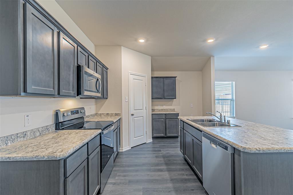 1008 Silver Maple Lane, Royse City, Texas 75189 - acquisto real estate best luxury buyers agent in texas shana acquisto inheritance realtor