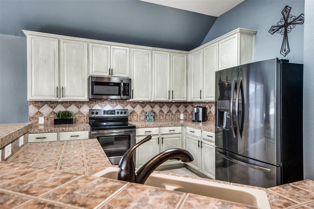 1056 Ponderosa Ridge, Little Elm, Texas 75068 - acquisto real estate best highland park realtor amy gasperini fast real estate service