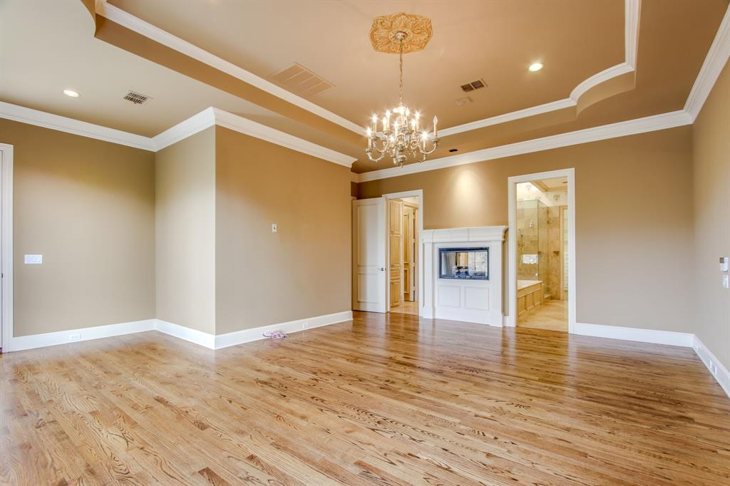 401 Fall Creek Drive, Richardson, Texas 75080 - acquisto real estate best investor home specialist mike shepherd relocation expert