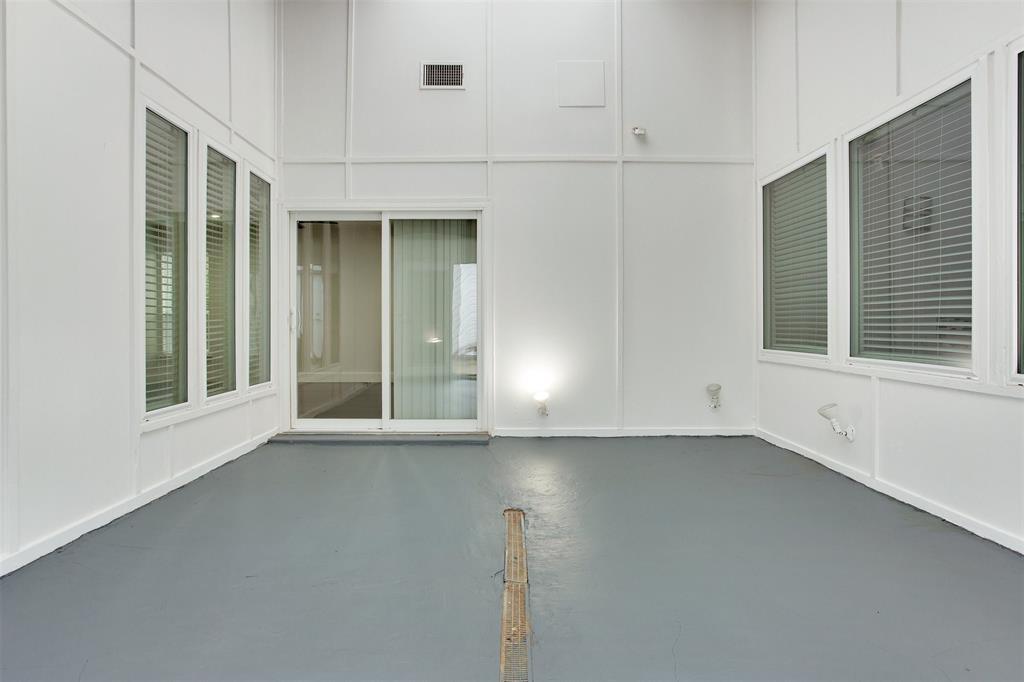 1507 Fielder Road, Arlington, Texas 76012 - acquisto real estate best negotiating realtor linda miller declutter realtor