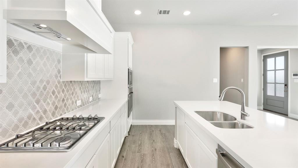 14313 Walsh Avenue, Aledo, Texas 76008 - acquisto real estate best highland park realtor amy gasperini fast real estate service