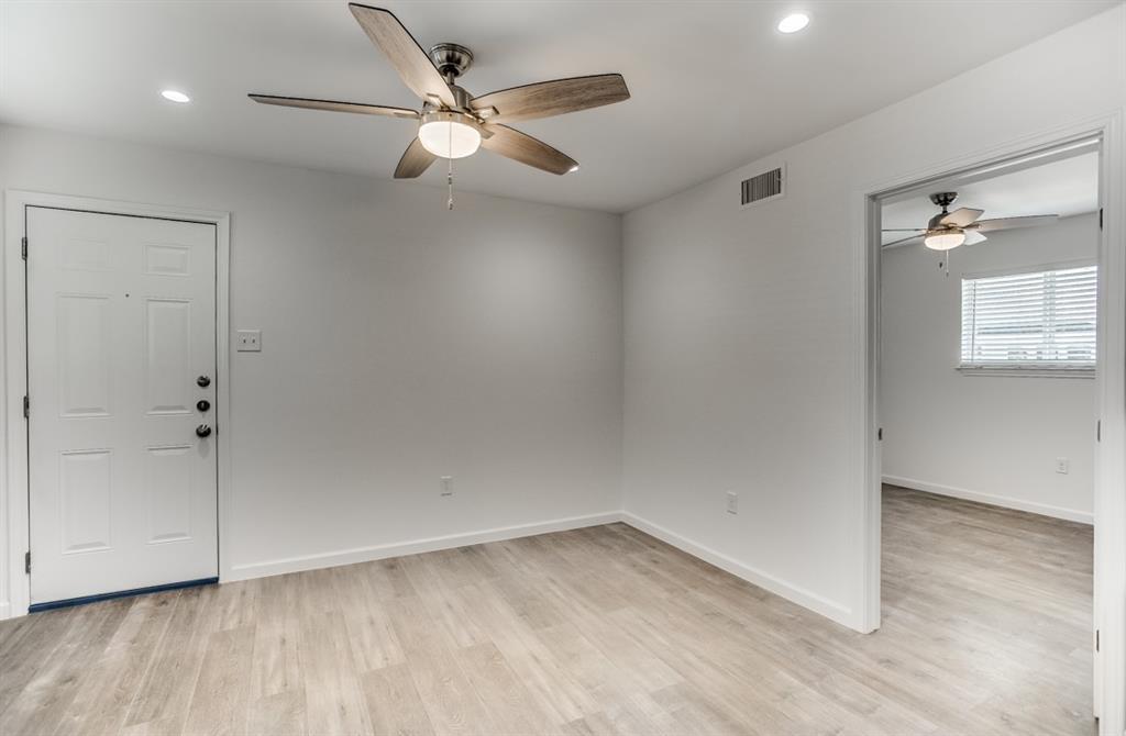 4919 San Jacinto Street, Dallas, Texas 75206 - acquisto real estate best highland park realtor amy gasperini fast real estate service