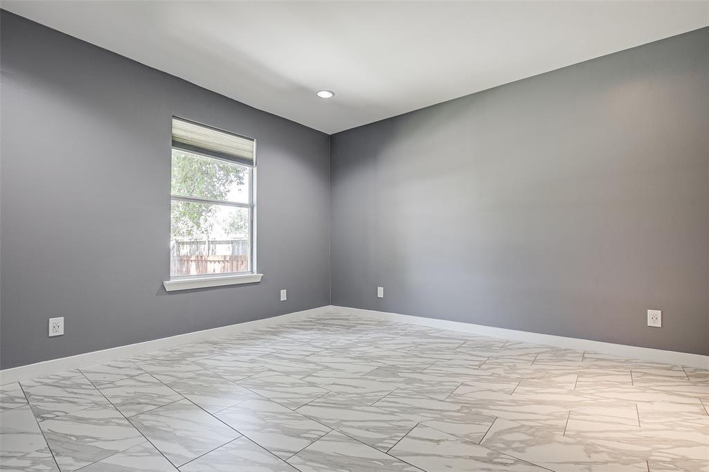 3126 Carlson Drive, Dallas, Texas 75235 - acquisto real estate best designer and realtor hannah ewing kind realtor