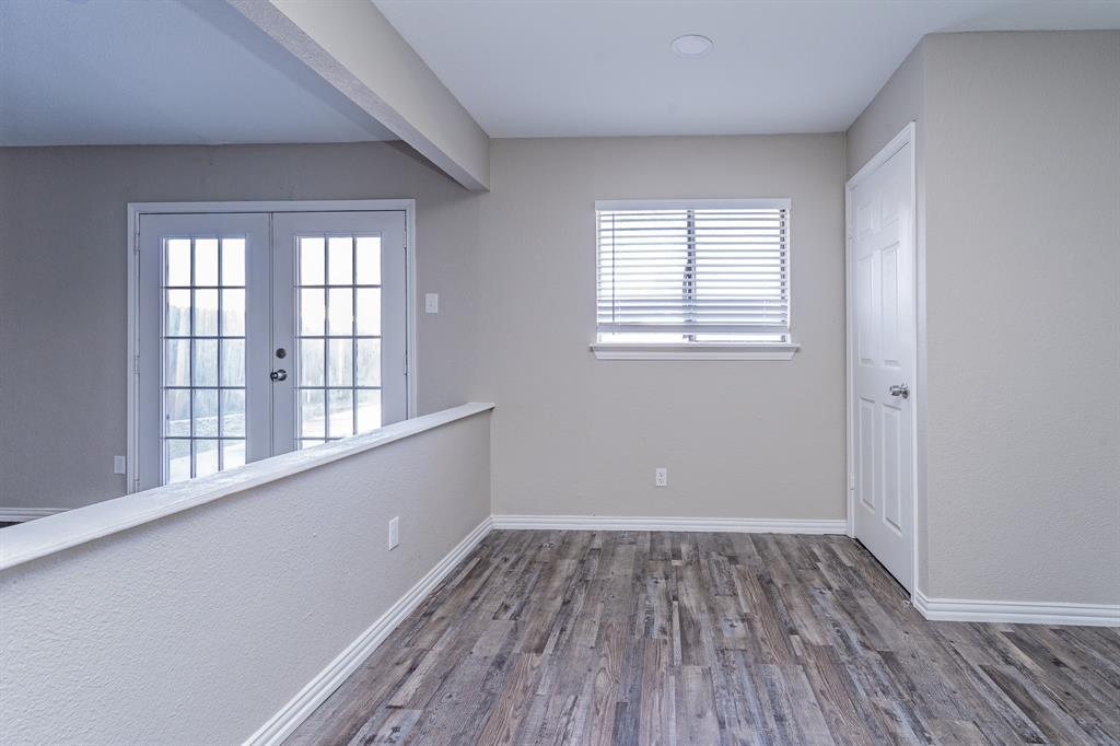 4009 Longstraw Drive, Fort Worth, Texas 76137 - acquisto real estate best real estate company to work for