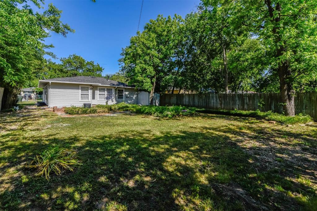 1508 Highland Avenue, Sherman, Texas 75092 - acquisto real estate best highland park realtor amy gasperini fast real estate service