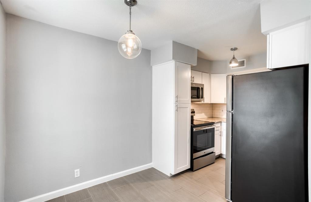 5708 Hudson Street, Dallas, Texas 75206 - acquisto real estate best listing listing agent in texas shana acquisto rich person realtor
