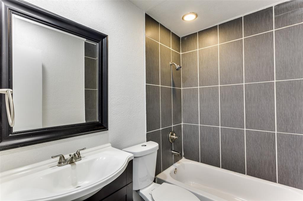 3255 Saint Croix Drive, Dallas, Texas 75229 - acquisto real estate best realtor westlake susan cancemi kind realtor of the year