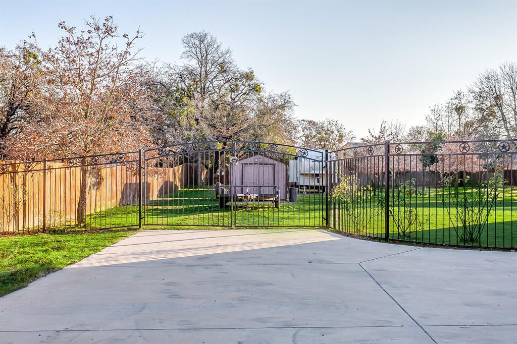 108 Chloe Court, Boyd, Texas 76023 - acquisto real estate best flower mound realtor jody daley lake highalands agent of the year