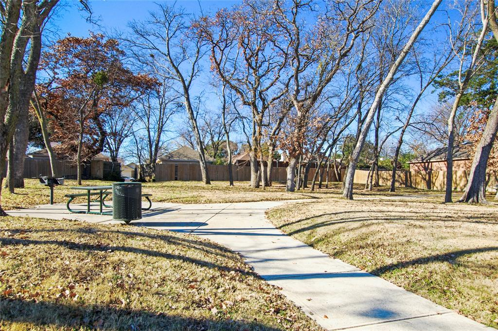2425 Summer Trail Drive, Denton, Texas 76209 - acquisto real estate best plano real estate agent mike shepherd