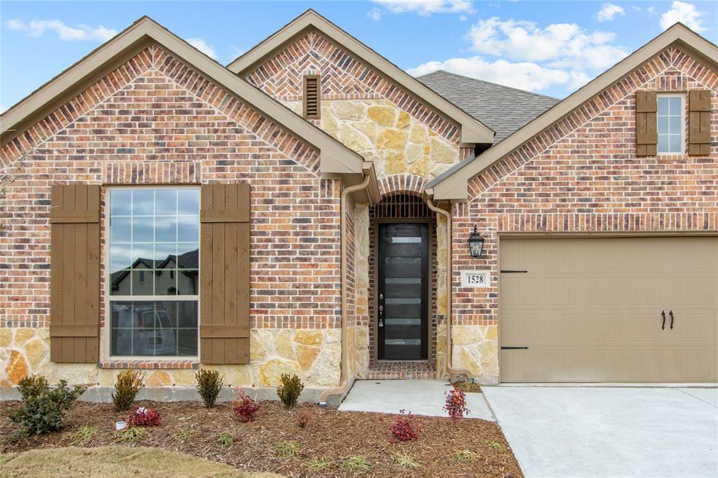 1528 Jocelyn Drive, Fort Worth, Texas 76052 - acquisto real estate best allen realtor kim miller hunters creek expert