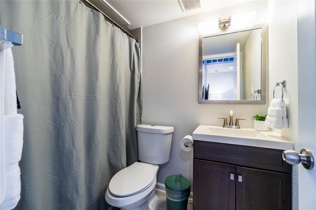 4927 San Jacinto Street, Dallas, Texas 75206 - acquisto real estate best prosper realtor susan cancemi windfarms realtor
