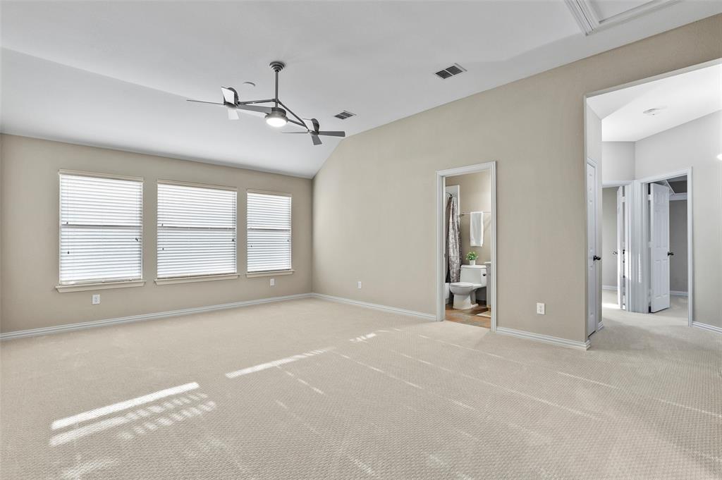 8450 Linden Street, Lantana, Texas 76226 - acquisto real estate best realtor westlake susan cancemi kind realtor of the year