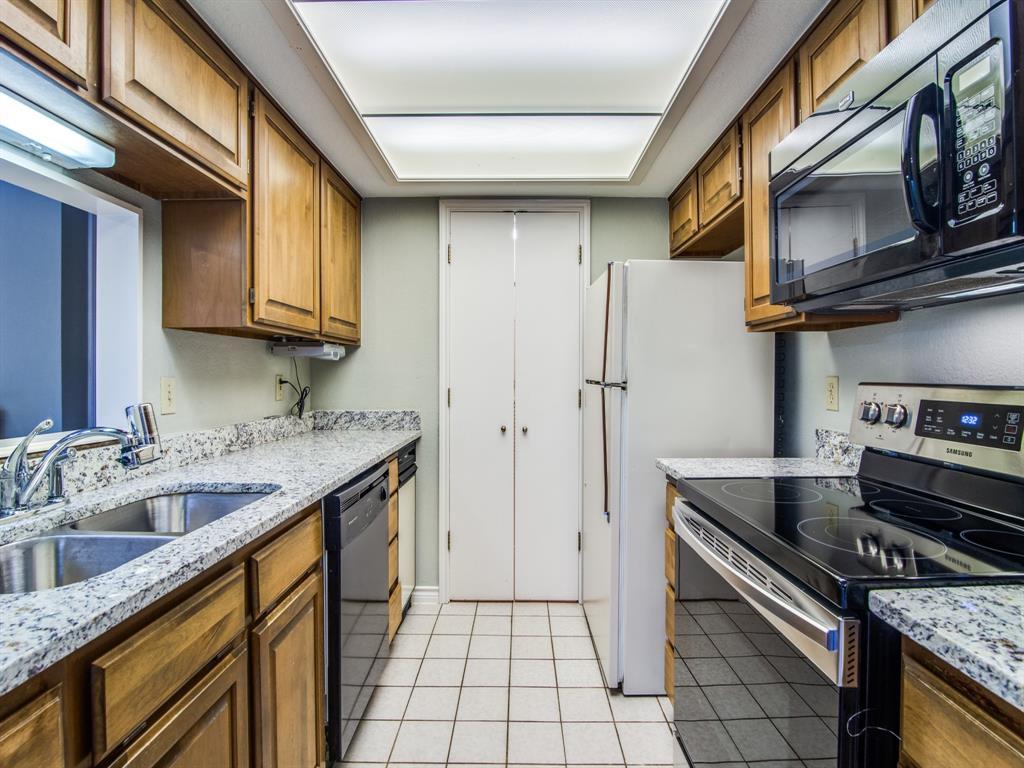 1226 Signal Ridge Place, Rockwall, Texas 75032 - acquisto real estate best prosper realtor susan cancemi windfarms realtor
