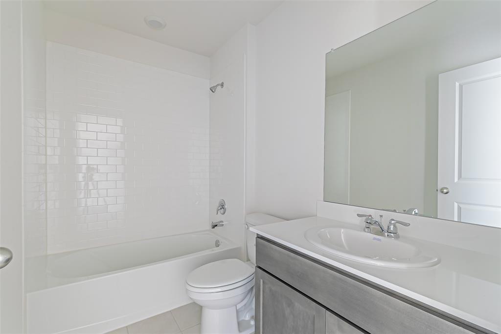 2012 Strongbark Drive, Royse City, Texas 75189 - acquisto real estate best prosper realtor susan cancemi windfarms realtor