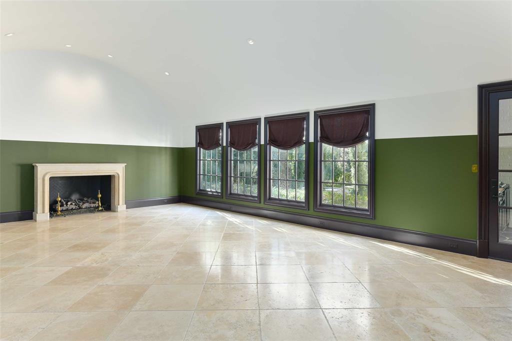 5828 Woodland Drive, Dallas, Texas 75225 - acquisto real estate best investor home specialist mike shepherd relocation expert