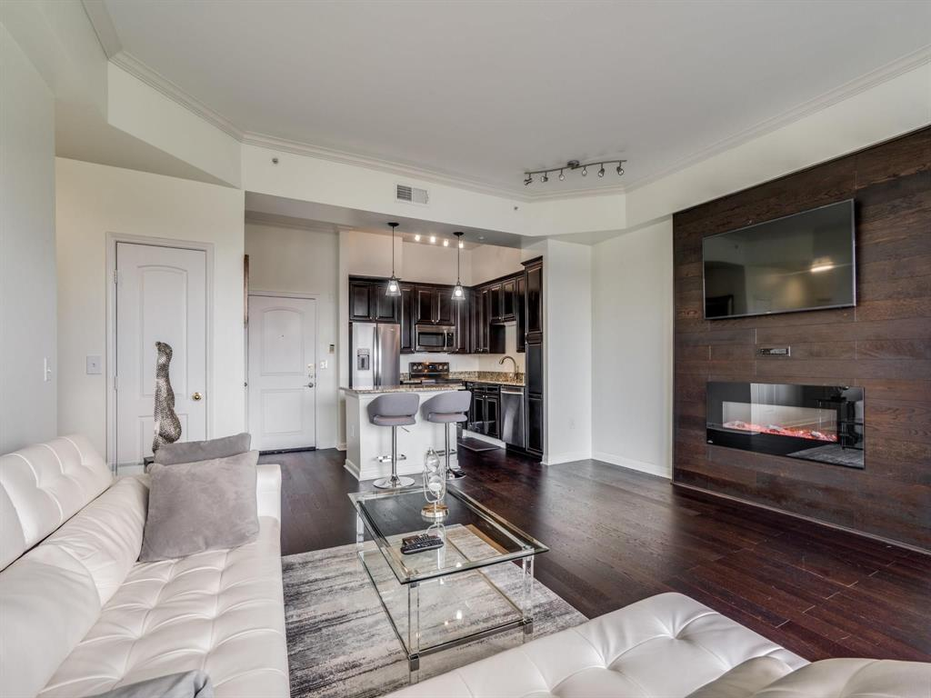 3225 Turtle Creek Boulevard, Dallas, Texas 75219 - acquisto real estate best prosper realtor susan cancemi windfarms realtor