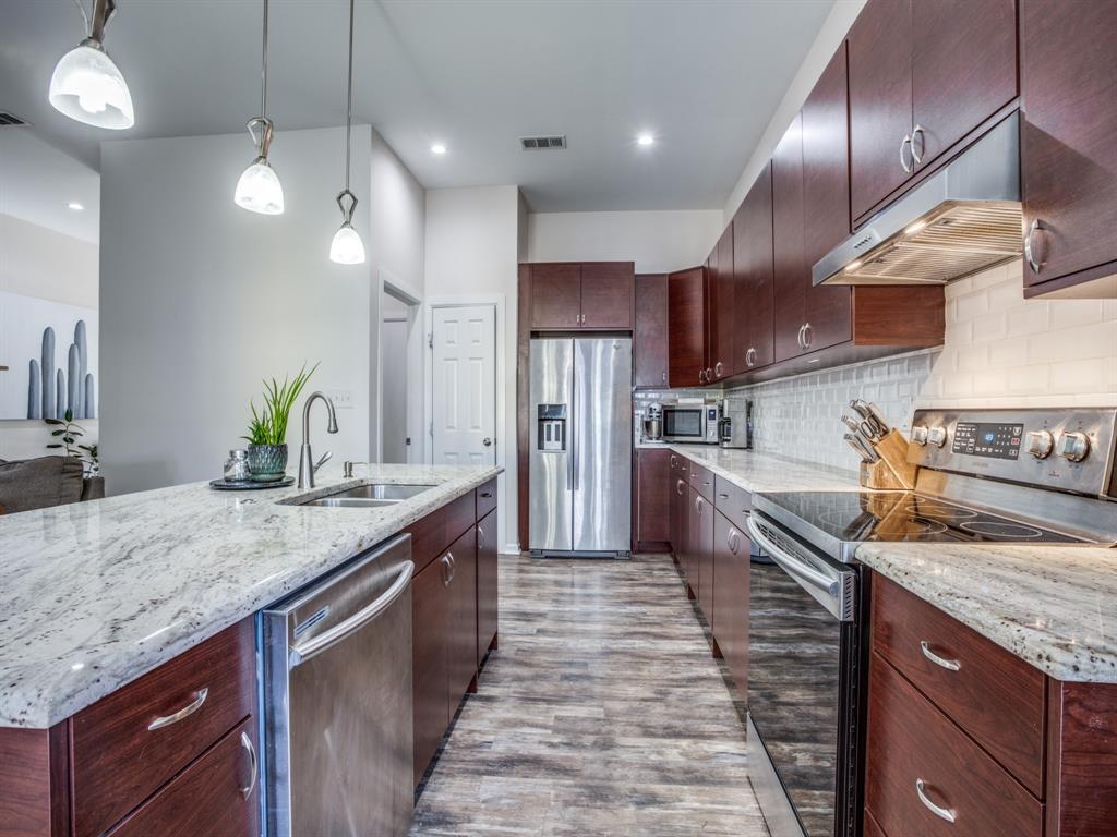 3303 Poinsettia Drive, Dallas, Texas 75211 - acquisto real estate best listing agent in the nation shana acquisto estate realtor