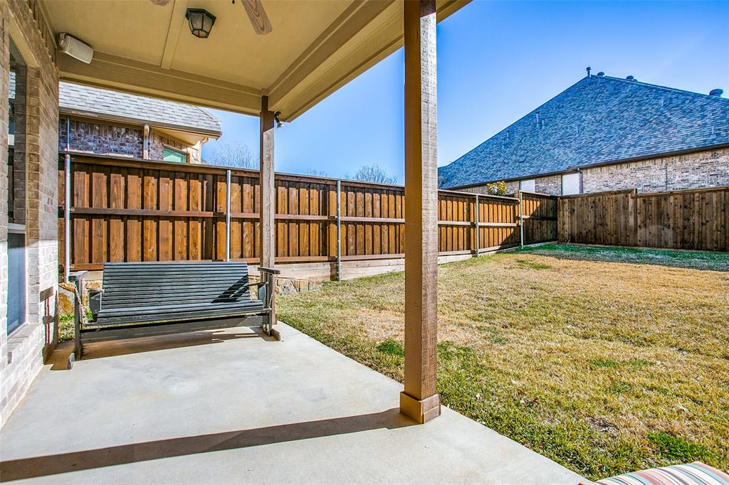 7920 Forest View Court, North Richland Hills, Texas 76182 - acquisto real estate mvp award real estate logan lawrence