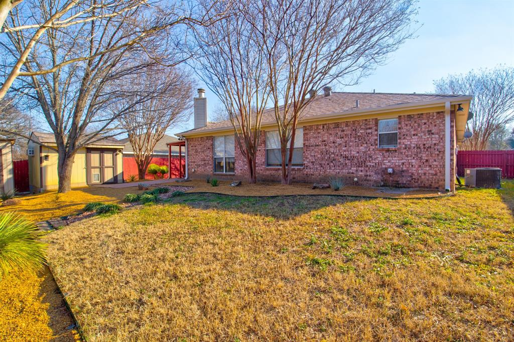 205 King Arthur Drive, Weatherford, Texas 76086 - acquisto real estate best plano real estate agent mike shepherd