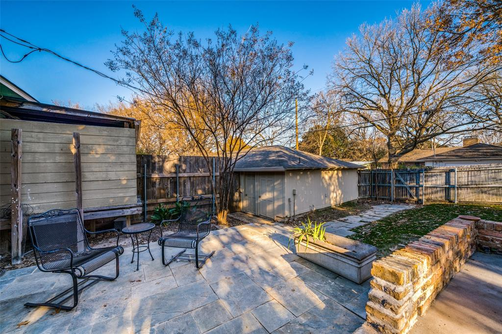 7014 Kingsbury Drive, Dallas, Texas 75231 - acquisto real estate best realtor foreclosure real estate mike shepeherd walnut grove realtor