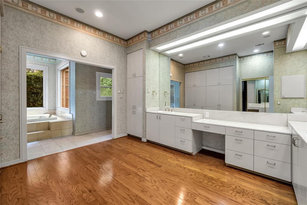 10131 Hollow Way Road, Dallas, Texas 75229 - acquisto real estate best luxury buyers agent in texas shana acquisto inheritance realtor