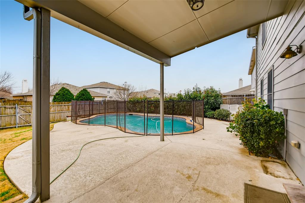 2340 White Oak Drive, Little Elm, Texas 75068 - acquisto real estate best frisco real estate agent amy gasperini panther creek realtor