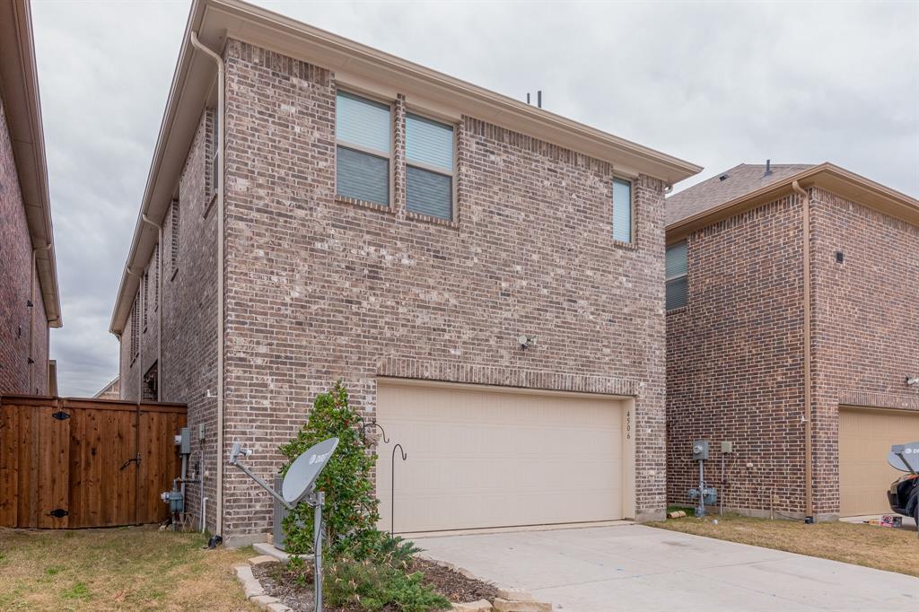 4506 Spanish Indigo Lane, Arlington, Texas 76005 - acquisto real estate best realtor dfw jody daley liberty high school realtor