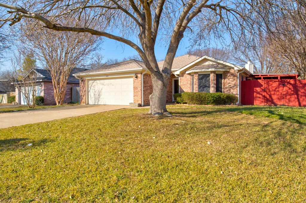 205 King Arthur Drive, Weatherford, Texas 76086 - Acquisto Real Estate best plano realtor mike Shepherd home owners association expert