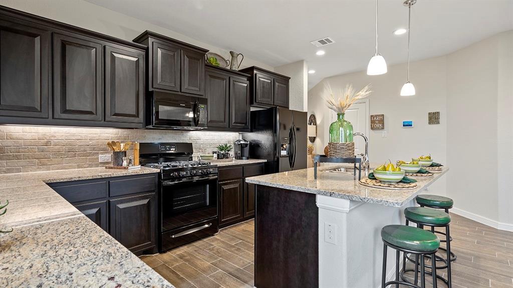 1213 BOSQUE  Lane, Weatherford, Texas 76087 - acquisto real estate best prosper realtor susan cancemi windfarms realtor
